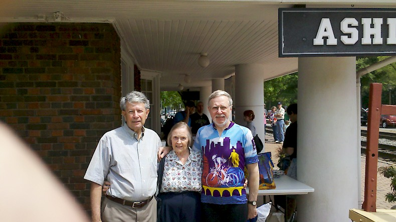 L to R: Dick Beadles, Juanita Beadles and Michael Testerman at the Ashland depot