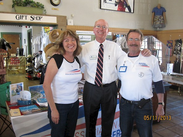 The Stupskis with Flagstaff Mayor Jerry Nabours (R)